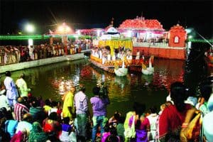 The Glories of Sri Chandan-Yatra Festival